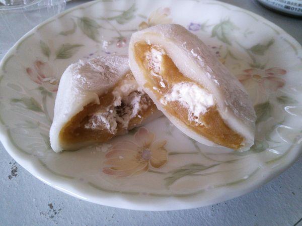 鹿児島県産安納芋の純生クリーム大福 カット